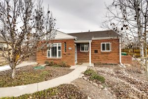 """<span style=""""color:red;"""">SOLD</span> 2030 Quebec St, Park Hill"""
