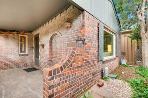 """<span style=""""color:red;"""">SOLD</span> 1100 S Steele St, Bonnie Brae"""