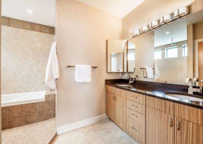2112 Eliot St Denver CO 80211-small-029-57-2nd Floor Master Bathroom-666x444-72dpi