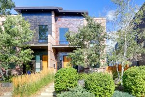 """<span style=""""color:red;"""">LISTED</span> 2112 Eliot St, Jefferson Park"""
