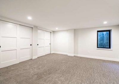 2844 Champa St Denver CO 80205-small-032-035-Lower Level Bedroom-666x444-72dpi
