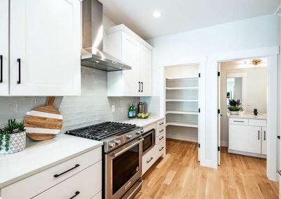 2848 Champa St Denver CO 80205-small-014-002-Kitchen-666x444-72dpi