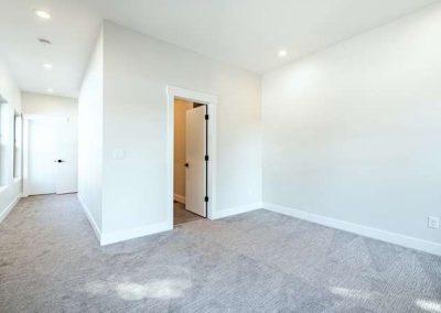 2848 Champa St Denver CO 80205-small-019-021-2nd Floor Master Bedroom-666x444-72dpi