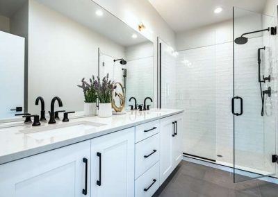 2848 Champa St Denver CO 80205-small-020-006-2nd Floor Master Bathroom-666x444-72dpi
