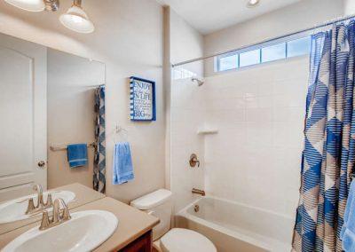 22969 E Saratoga Pl Aurora CO-small-019-058-Bathroom edit-666x444-72dpi