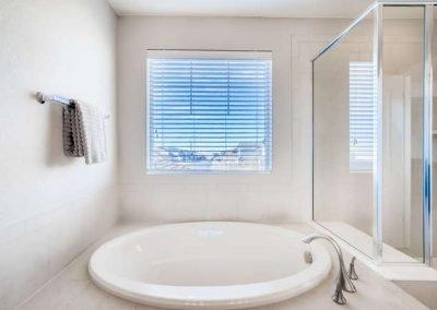 22969 E Saratoga Pl Aurora CO-small-026-096-2nd Floor Master Bathroom -666x444-72dpi