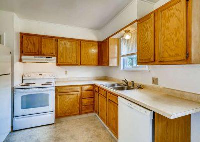 90509030 N Elm Ct Denver CO-small-010-011-Kitchen-666x444-72dpi