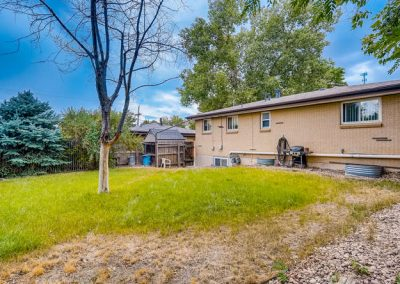 90509030 N Elm Ct Denver CO-small-022-023-A Back Yard-666x445-72dpi